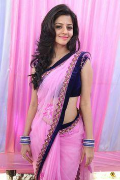 Vedhika, cute in pink saree