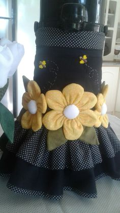 Diy Home Crafts, Felt Crafts, Crafts To Make, Sewing Box, Quilt Blocks, 3 D, Patches, Quilts, Embroidery