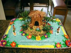 Take a look at the coolest homemade Luau party cakes. You'll also find the most amazing photo gallery of homemade birthday cakes, how Hawaiian Birthday Cakes, Homemade Birthday Cakes, Hawaiian Luau, Cool Birthday Cakes, Birthday Cake Girls, Birthday Ideas, Moana Birthday, 11th Birthday, Luau Party Cakes
