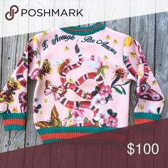 Garden print sweatshirt [EXLUSIVE] sooo creative and rare! noy really my style so im sending it off to a new home hopefully! Lowest I'll go is $80 through Paypal's friends&family because they don't take 20% off like on this app & paypal protects you on there as well! 💘✨ Sweaters Crew & Scoop Necks