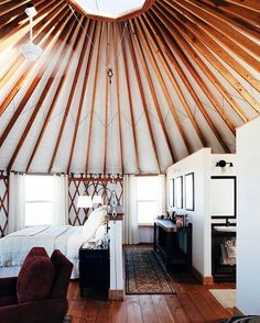 In my dreams I live in a yurt upstate New York  source: @bloombergpursuits...... #smallspaces #interiordesign #interiordesignideas #interior #interiors #interiorstyling #tinyhome #tinyhouse #yurt #yurtlife #inspiration #design #style #wood #bohemian #bohemiandecor #bohemianstyle