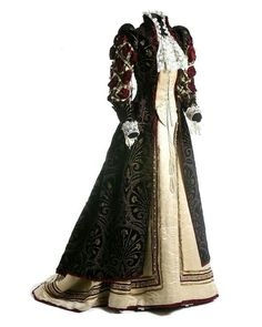 Renaissance-inspired fancy dress costume, ca. 1898. Museo del Traje.