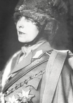 Queen Marie of Romania – Photo 24 History Of Romania, Romanian Women, Marie, Most Beautiful, Royalty, Queen, Crowns, Vintage, Europe
