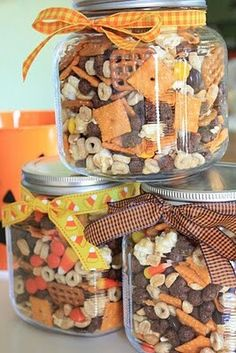 Fall Munch Mix: cheese crackers, salted peanuts, pretzel squares, Reese's Pieces, caramel corn, Honey Nut Cheerios, cocoa puffs, candy corn, & mellowcreme pumpkins