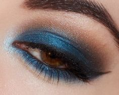 I've been on a blue kick lately! Link to a picture tutorial in the blog post. Makes brown eyes pop!