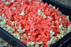 Making candied popcorn