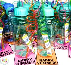 End of the Year Student Gift Ideas with a FREE gift tag:  water bottle, crazy straws, and drink mix