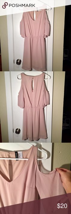 Nudey Beige Dress ONLY WORN TWICE!! V-neck front, sinched around the waist, cut out in the back and shoulders! Mid to short in length, flowy and fits so well! H&M Dresses Midi