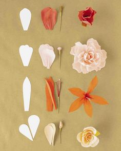 How to Make Crepe-Paper Flowers Making any blossom is a fun and imaginative process inspired by nature. Here are the elements of real flowers—and how to mimic them with paper and crafts supplies. Paper Flower Art, Paper Flowers Craft, Flower Crafts, Diy Flowers, Real Flowers, Crepe Paper Crafts, Paper Roses, Origami Flowers Tutorial, Flower Tutorial