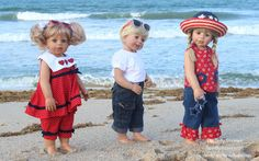 Since it was Arias first time to the beach, she insisted on taking her brother Jake (aka Poldi) and sister Emma. <3
