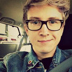 Tyler Oakley I mean... How can ANYONE be that gorgeous?!?! I'm 100 percent professionally fangirling over him!!!
