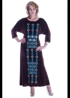 Brown velvet dress with embroidery Big Size Fashion, Plus Size Stores, Plus Size Women, Plus Size Outfits, Dresses With Sleeves, Velvet, Embroidery, Brown, Long Sleeve