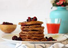 Pancakes με βρώμη και γιαούρτι | delightful area Waffles, Pancakes, French Toast, Breakfast, Food, Morning Coffee, Essen, Waffle, Pancake