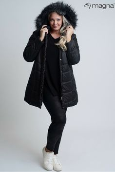 6cca074b2f23 Black winter jacket for plus size women!  magnafashion  loveyourcurves   black  winter