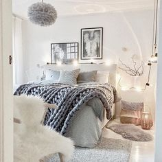 A cosy bedroom with candle lights. Vita Eos lamp available online | Image: @mz.interior