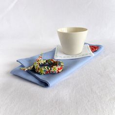Set of 4 napkin rings in colorful printed cotton from Join us from Dinner