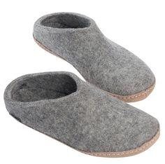 Glerups has kicked bedroom slippers out of the bedroom and into, well, everywhere. Get more warmth and the comfort from pure wool, with the unisex slipper from Glerups. Grey Slippers, Bedroom Slippers, Felted Slippers, Leather Slippers, Baby Cowboy Boots, Ladies Gents, Slip On Boots, Comfortable Flats, Clogs Shoes