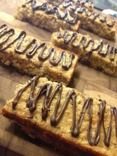 """homemade chocolate chip """"z"""" bars & a lesson on food hoarding.   ciao mama"""