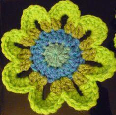 ✿ An 8 petal flower ✿...made in 4 rounds not five