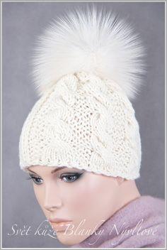 Winter Hats, Crochet Hats, Fashion, Tricot, Knitting Hats, Moda, Fashion Styles, Fashion Illustrations