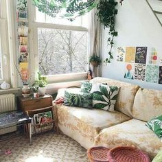 32 Cozy Boho Living Room Decor Ideas , The room doesn't have a lot of decor items. however, it's sufficient to enjoy for everybody. If you want to observe that room when it's completed, I w. Boho Living Room, Home And Living, Living Spaces, Bohemian Living, Cozy Living, Houses Architecture, Home And Deco, My New Room, Home Interior