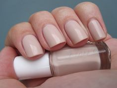 Polish Chest: essie - Topless & Barefoot