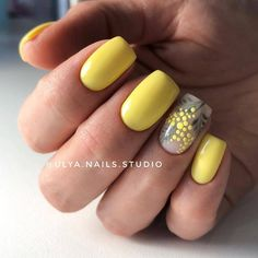 70 Cute and Trendy Square Nails Design Page 47 of 76 Soflyme Spring Nail Art, Spring Nails, Summer Nails, Yellow Nails Design, Yellow Nail Art, Square Nail Designs, Nail Art Designs, Nagellack Trends, Nagel Gel