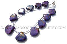 Gemstone Beads, Purple Copper Turquoise Smooth Heart (Quality AA) / 14.5 to 17 mm / 18 cm / TU-008 by beadsogemstone on Etsy #purplecopperbeads #turquoisebeads #heartbeads #gemstonebeads #semipreciousstones #briolettes #semipreciousbeads #jewelrymaking #craftsupplies #stones #beads