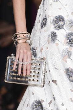 Explore the world of Valentino for women. Shop all accessories, including Valentino bags and shoes at Farfetch. Fashion Bags, Fashion Show, High Fashion, Blue Fashion, Fashion Men, Paris Fashion, Runway Fashion, Fashion Dresses, Very Valentino