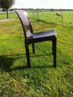 Nu in de #Catawiki veilingen: Vico Magistretti  voor Artemide - stoelen type Selena 12 st