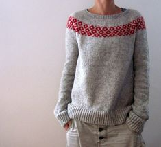 Crochet Patterns Sweter Ravelry: bubbly sweater pattern by Isabell Kraemer Christmas Knitting Patterns, Sweater Knitting Patterns, Knit Patterns, Fair Isle Knitting, Arm Knitting, Yarn Brands, Work Tops, Pulls, Knitwear