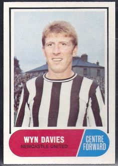 Wyn Davies of Newcastle Utd in Newcastle United Football, Chewing Gum, Football Fans, 1960s, Photographs, Soccer, Baseball Cards, Drawings, Prints
