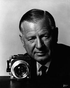 Victor Hasselblad Swedish inventor and photographer, known for inventing the Hasselblad cm medium format camera. Hasselblad cameras were used by NASA, including during manned flights to the Moon History Of Photography, Photography Camera, Photography Tips, Portrait Photography, Photo Flash, Swedish Girls, Hero Movie, Camera Obscura, Portraits