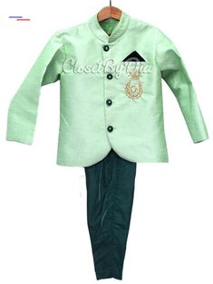 Royal Jodhpuri Suit for Kids - Designer Boys Jodhpuri Suit for Wedding - Boys Indian Ethnic Wear - Stylish Bandhgala Suit for Little Prince Baby Boy Ethnic Wear, Kids Ethnic Wear, Boys Formal Suits, Kids Suits, Traditional Dress For Boy, Kids Kurta Pajama, Navy Slim Fit Suit, Kids Indian Wear, Baby Boy Suit