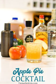 Apple pie cocktail is an apple cider cocktail combined with vanilla vodka, Fireball whisky, and ginger liquor for a the liquid version of the American favorite, apple pie. #Cocktails #FallDrinks #FallCocktails #AppleCider #Drinks #FallRecipes Beer Recipes, Punch Recipes, Apple Recipes, Fall Recipes, Yummy Recipes, Apple Cider Cocktail, Cider Cocktails, Fall Cocktails, Vanilla Vodka Drinks
