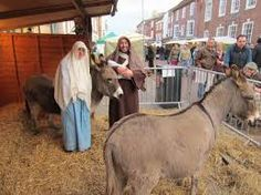 Many of the local Chichester attractions have special Christmas markets and events - some for fun, some to raise money, others just for shopping, browsing and festive cheer. #Chichester, #Christmasmarkets, #ChcihesterSelfCatering