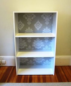 PinsterSisters: Cheap/Easy Bookshelf Update