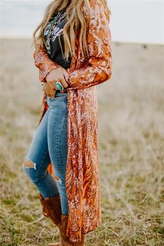 bohemian style Fall - The Royal Sequin Duster - COPPER Source by devi_juvi western outfits Country Style Outfits, Southern Outfits, Country Fashion, Style Casual, Country Western Outfits, Country Women, Casual Chic, Womens Fashion Casual Summer, Women's Summer Fashion
