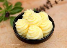Crema pentru prajituri - Desert De Casa - Maria Popa Dessert Bars, Ice Cream, Butter, Sweets, Baking, Desserts, Frostings, Food, Cakes