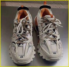 Sneake BLACK//W-POINT Balenciag Triple S Dad  SHOELACES 老爹鞋