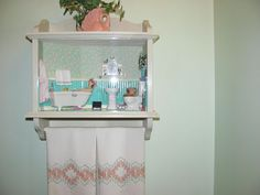 Learn how to make miniature dollhouse furniture, mini paper accessories and get techniques, tips and monthly tutorials. Dollhouse Miniature Tutorials, Miniature Dollhouse Furniture, Miniature Rooms, Miniature Crafts, Dollhouse Miniatures, Dollhouse Ideas, Minis, A Shelf, Shelves