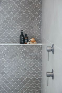 32 Simple and Practical Hexagon Tile for Your Bathroom Mermaid fish scale tile in shower! Bathroom Renos, Laundry In Bathroom, Bathroom Renovations, Bathroom Ideas, Bathroom Towels, Bath Ideas, Hexagon Tile Bathroom, Hexagon Tiles, Shower Tiles