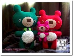~ aw! what a cute family portrait... plush bears from Oliver Makes Dolls ~