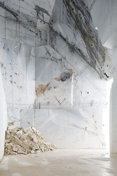 marble quarry from Belgian photographer Frederik Vercruysse's series 'Tempo Polveroso' (Pulverised Time)