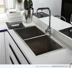 Love square sinks for that little bit extra symmetry in the kitchen