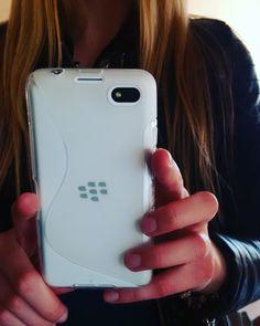 #inst10 #ReGram @annchos_: New case #blackberry #z30 #casebb #white #BlackBerryClubs #BBer #BlackBerryPhotos #BlackBerryZ30 #Z30 #BlackBerryGirls #BlackBerryCases