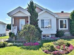 Maison à vendre - 120 Rue Labarre, Varennes, QC   Royal LePage