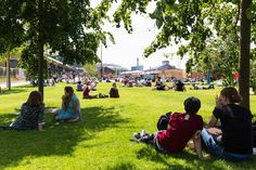Lewis-Cubitt-Park-07-Summer-under-the-trees-copyright-John-Sturrock « Landscape Architecture Works | Landezine