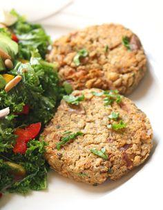 Za'atar Spiced Brown Rice Chickpea Burgers Rice Krispies, Chickpea Burger, Falafel Burgers, Veggie Burgers, Vegetarian Breakfast Recipes, Vegan Recipes, Vegan Meals, Veggie Patties, Vegetable Stew