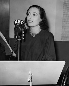 Joan Crawford performing The Bride Wore Red on the Lux Radio Theatre, NBC Radio, Old Hollywood Stars, Golden Age Of Hollywood, Classic Hollywood, Hollywood Glamour, Hollywood Actresses, Oscar Winning Films, Douglas Fairbanks, Old Time Radio, Cinema